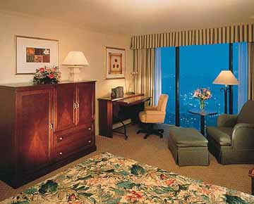 Guestroom at The Sheraton New Orleans